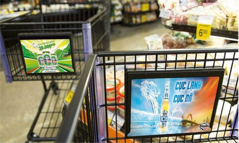 quảng cáo trên xe đẩy tại siêu thị