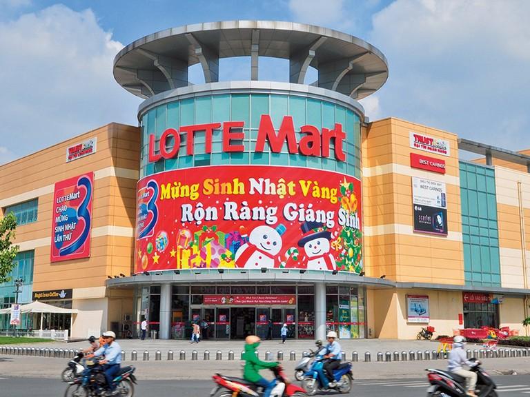 Quảng cáo trên xe đẩy siêu thị Lotte Mart toàn quốc