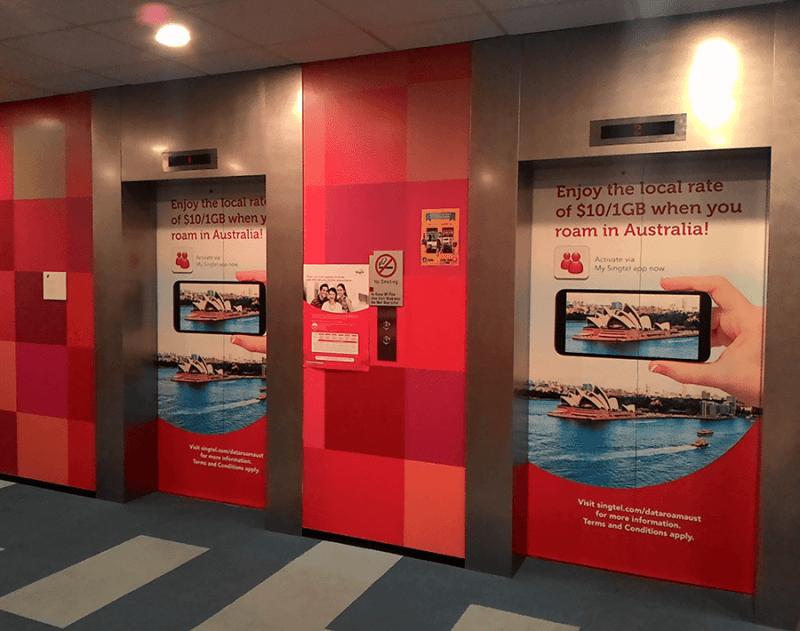 4 lợi ích quảng cáo trên cửa thang máy trong siêu thị
