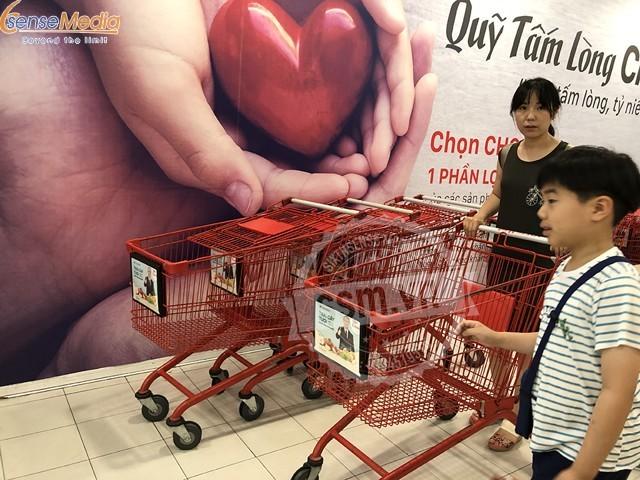 Quảng cáo trên xe đẩy siêu thị tiếp cận khách hàng tiềm năng như thế nào?